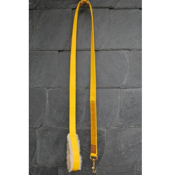 strick pferd gelb