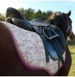 rosa Schabracke pferde Motiv