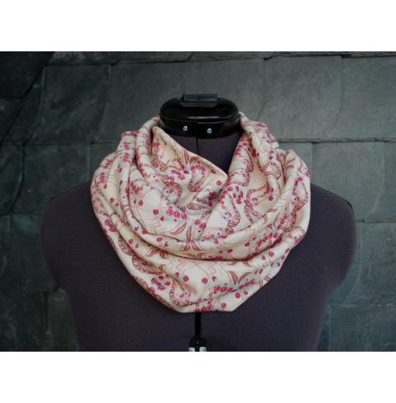 schöner, kuscheliger Loop Schal 'Karussell' beige rosa